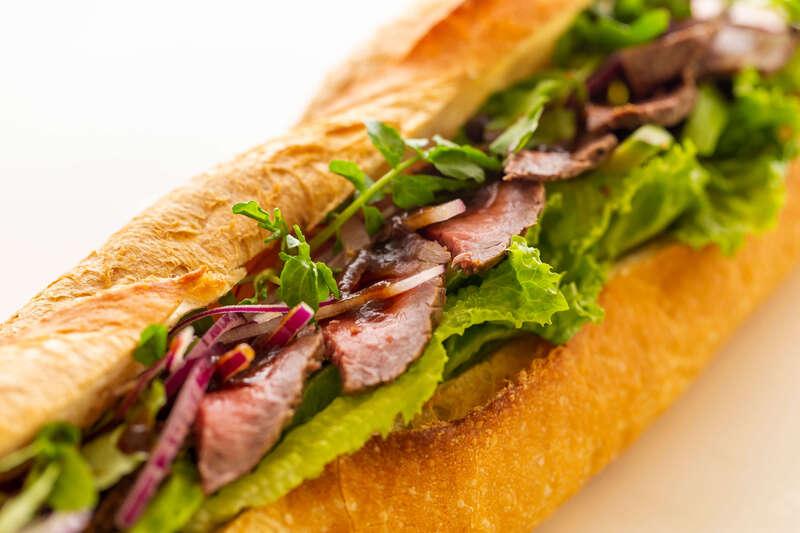 三ケ日牛ローストビーフサンドイッチ